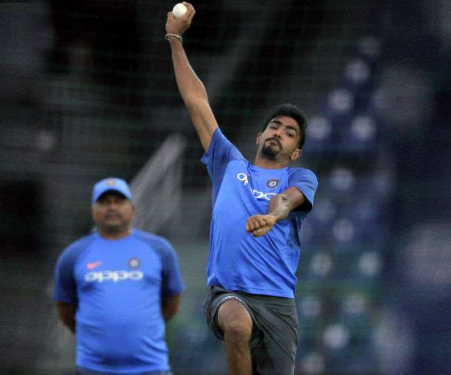 jasprit-bumrah-picks-trainer-rajnikanth-sivagnanam